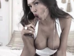 sexy-latina-milf-dildoing-pussy-squirt