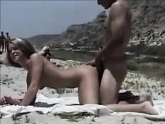 couple-fucking-out-in-public-at-a-beach