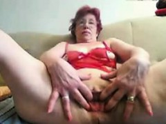 55-years-old-april-dildoing-on-home-webcam