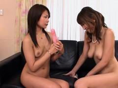 jun-kusanagi-teaches-her-younger-partner-yuri-aine-some-new