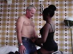 amateur-dude-fucking-black-prostitute-in-amsterdam