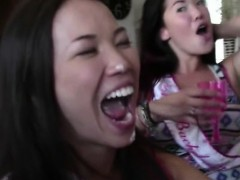 asian-ex-girlfriend-and-other-girls-sucking-dick-at-party