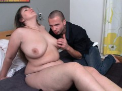 can-he-score-with-fat-girlfriend