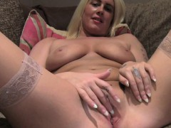 fakeagentuk-sex-casting-gives-tattooed-babe-a-way-into-porn