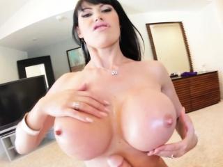 Hot bitch with jugs spunk