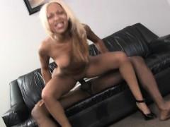 bleach-blonde-black-ghetto-slut-fucked-very-roughly