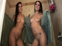 these-cutie-took-a-shower