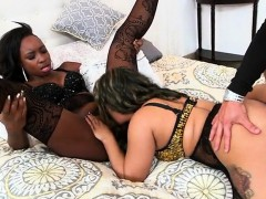 naomi-and-vixen-sucking-dick-and-then-fucking