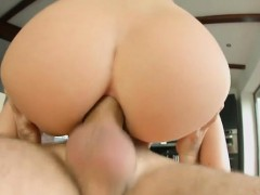 College Teen Eating Pussy
