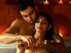 tantra-techniques-loving-massage