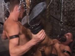 guy-bareback-in-sex-swing