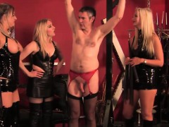 teasing-topless-femdoms-in-latex-flogging-sub