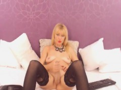 Crazy Tranny Beats Her Cock On Her Webcam