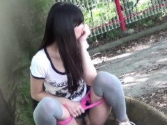 asian-girl-watched-peeing