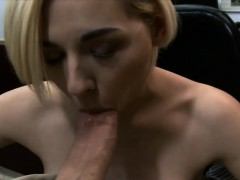 cute-blond-pawns-her-bfs-speaker-and-banged-at-the-pawnshop