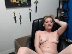 this-chick-loves-masturbating