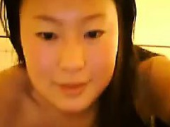 naked-asian-cam-girl