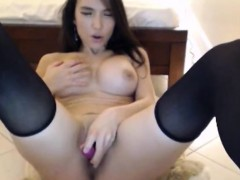 bigtits-chick-perfect-body-toying