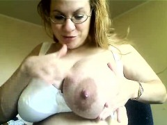 milf-with-big-tits-milking-herself