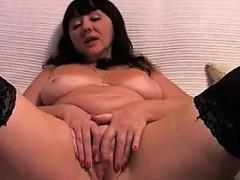 large-mature-woman-masturbating