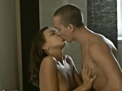 Hunk Is Pounding Lovely Chick Roughly Doggystyle