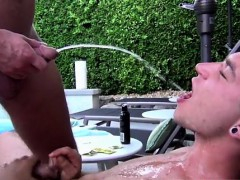 guy-sucks-guys-dick-first-time-at-the-gym-porn-piss-lovin-f