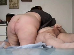 bbw-coupld-play-on-their-bed