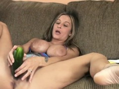 busty-cougar-leeanna-heart-masturbates-with-a-cucumber