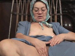 kinky-granny-has-her-wet-pussy-rammed