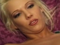 retro-amateur-pussylicked-and-fucked
