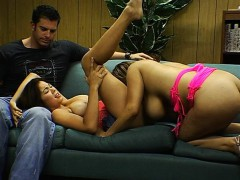 two-strippers-one-host-ps2665