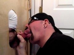 trucker-at-the-gloryhole-with-a-load-of-cum