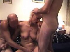 amature-german-mature-threesome