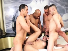 shemale-beauty-enjoyed-gangbang-with-four-dudes