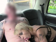 busty-tattooed-blonde-banged-in-cab