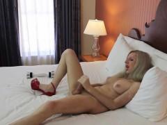 ladyboy-ejaculates-a-load-of-cum-on-her-body