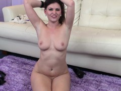 victoria-lawson-exposes-her-lovely-body-and-fulfills-her-sexual-urges