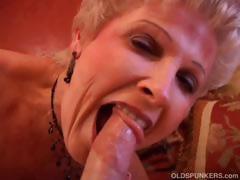 gorgeous-cougar-sucks-cock-and-eats-cum