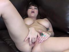 big-tit-hottie-shay-laren-watches-her-live-cam-while-she-masturbates