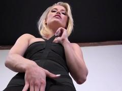 blonde-sucking-black-cock