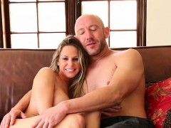 Pornstar Rachel Roxxx railed rough