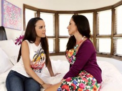sexy woman scissors milf – Porn Video