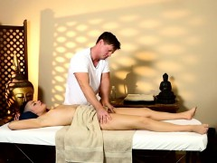 Very tricky spa of fluent masseur