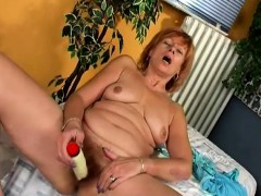 Naughty Redhead Cougar Spreads Her Legs And Drives Herself To Orgasm