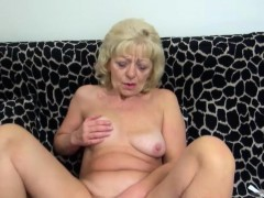 horny-mom-love-solo-sex