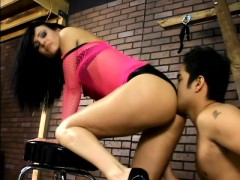elegant-dominatrix-victoria-sinn-has-a-submissive-guy-licking-her-feet