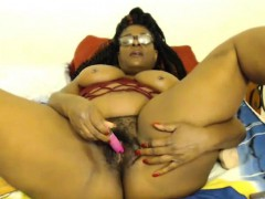 old-ebony-jezanna-with-big-booty-masturbates-hairy-twat