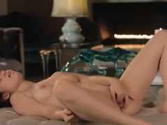sexy cunt strip in art movie