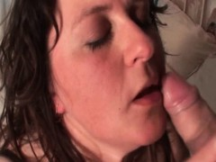 curvy-mature-tramp-enjoys-sucking-big-dick