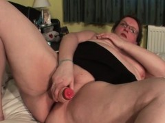 mature-bbw-in-glasses-gets-double-toy-fucked